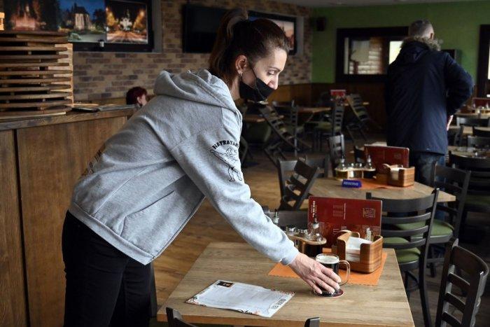 Ilustračný obrázok k článku Gastro je na kolenách: Štát opäť spôsobuje CHAOS, sťažujú sa majitelia reštaurácií