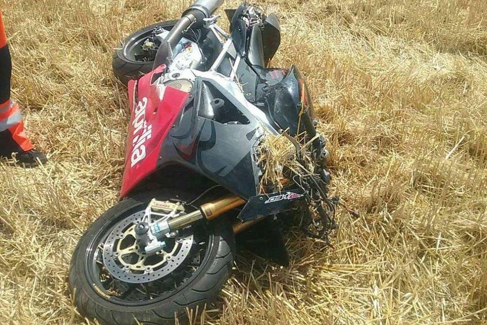 Ilustračný obrázok k článku Tragédia neďaleko Nových Zámkov: Po zrážke s autom vyhasol život motorkára