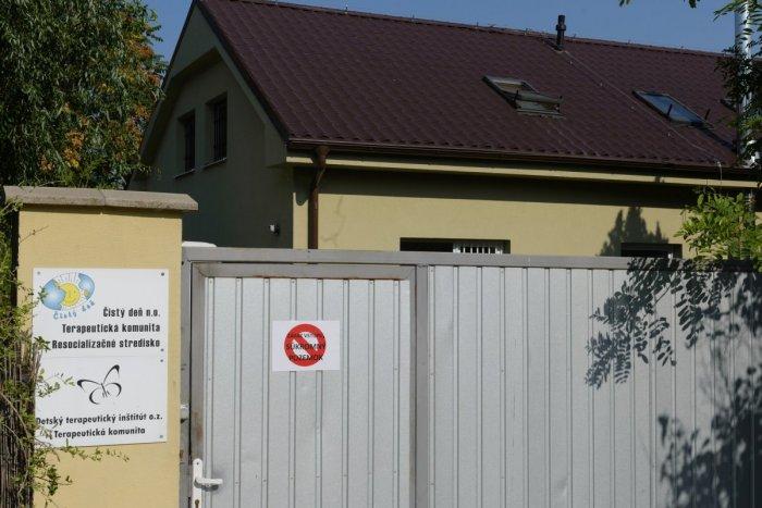 Ilustračný obrázok k článku Lovci lebiek vypátrali kuchára z Čistého dňa: Pred basou sa skrýval v Bratislave
