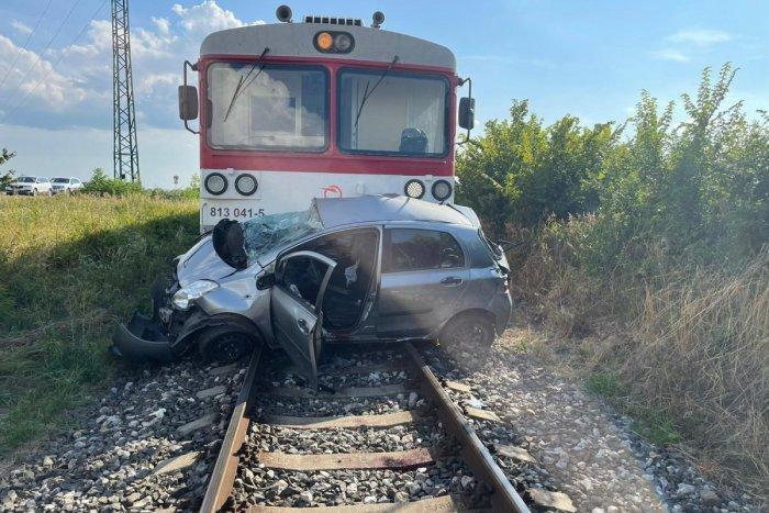 Ilustračný obrázok k článku Tragédia! Na nechránenom železničnom priecestí zahynula žena (40) a jej pes