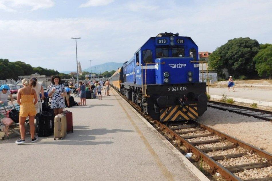 Ilustračný obrázok k článku DNES24 na ceste do Chorvátska: Čo očakávať od vlakového spojenia z Bratislavy na Jadran?