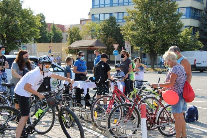 Ilustračný obrázok k článku Hor sa na kolobežky a bicykle! Centrálny okruh bude na niekoľko hodín bez áut