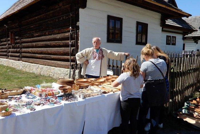 Ilustračný obrázok k článku Skanzen v Pribyline oslavuje okrúhliny: Ponúkne bohatý dvojdňový program