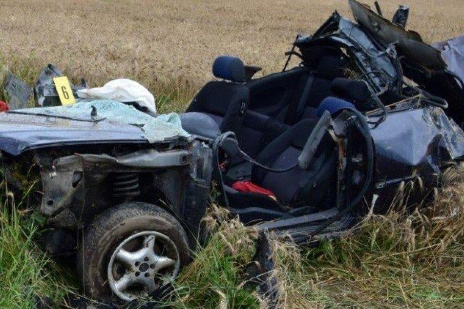 Ilustračný obrázok k článku Desivá nehoda v okrese Trenčín: Vodič ZOMREL priamo na mieste, FOTO