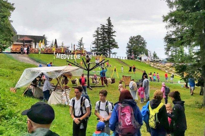 Ilustračný obrázok k článku Medvedie dni ovládli víkend v Tatrách: Nadšencov neodradil ani dážď, FOTO