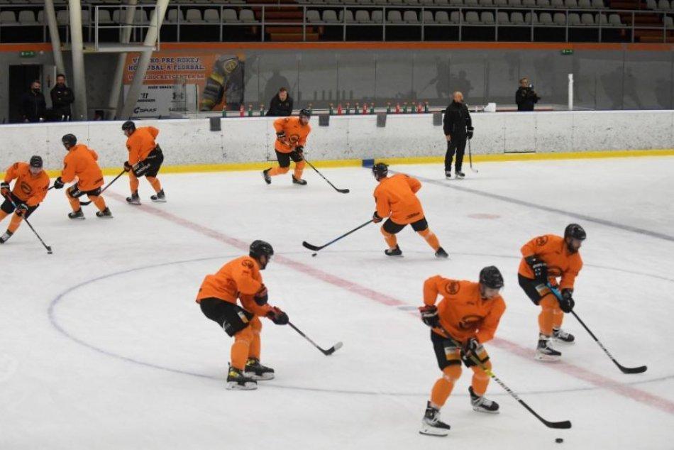 Ilustračný obrázok k článku Východ hostí hokejový turnaj. Na košický štadión pustia len zaočkovaných!