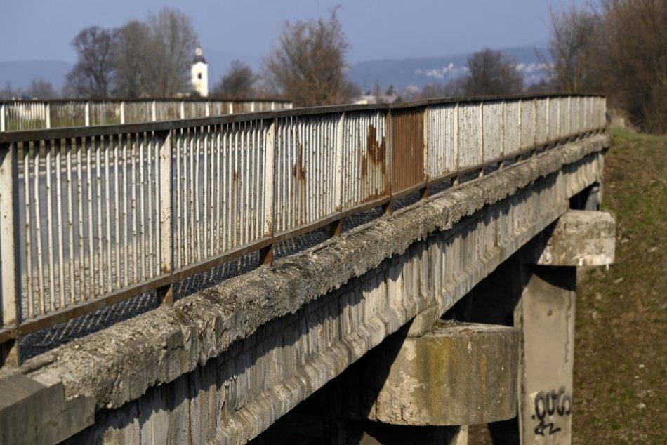 Ilustračný obrázok k článku Chystá sa obnova mosta cez Laborec za viac ako milión eur