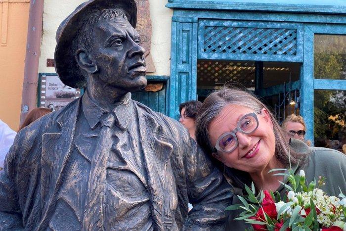 Ilustračný obrázok k článku Korzo v meste na východe Slovenska ožilo: Môže za to socha herca Jozefa Kronera, FOTO