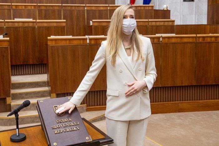 Ilustračný obrázok k článku Poslankyňa Marcinková chce prehodnotiť očkovaciu lotériu: Matoviča žiada o dôstojnosť