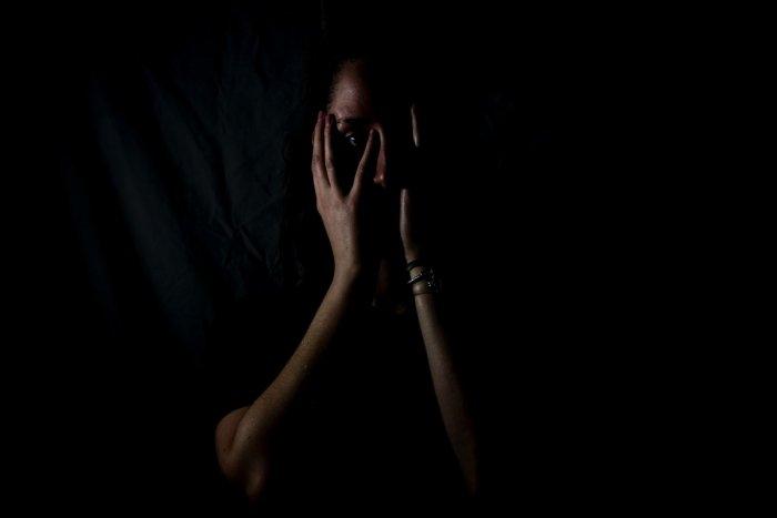 Ilustračný obrázok k článku Rastlinná droga kratom je u nás čoraz užívanejšia: Utlmí bolesť, nabudí, ale je návyková