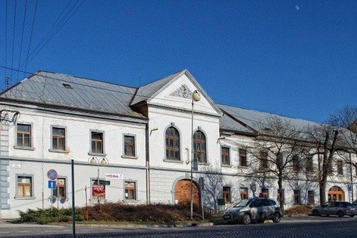 Ilustračný obrázok k článku Mesto získalo dotáciu: Župný dom sa dočkal opravy dažďových zvodov