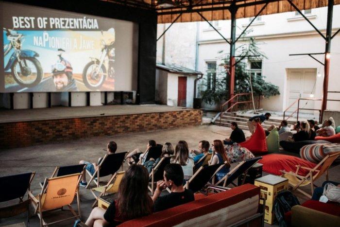 Ilustračný obrázok k článku Košické Záhradné kino opäť ožije. Kedy začne premietať filmy?