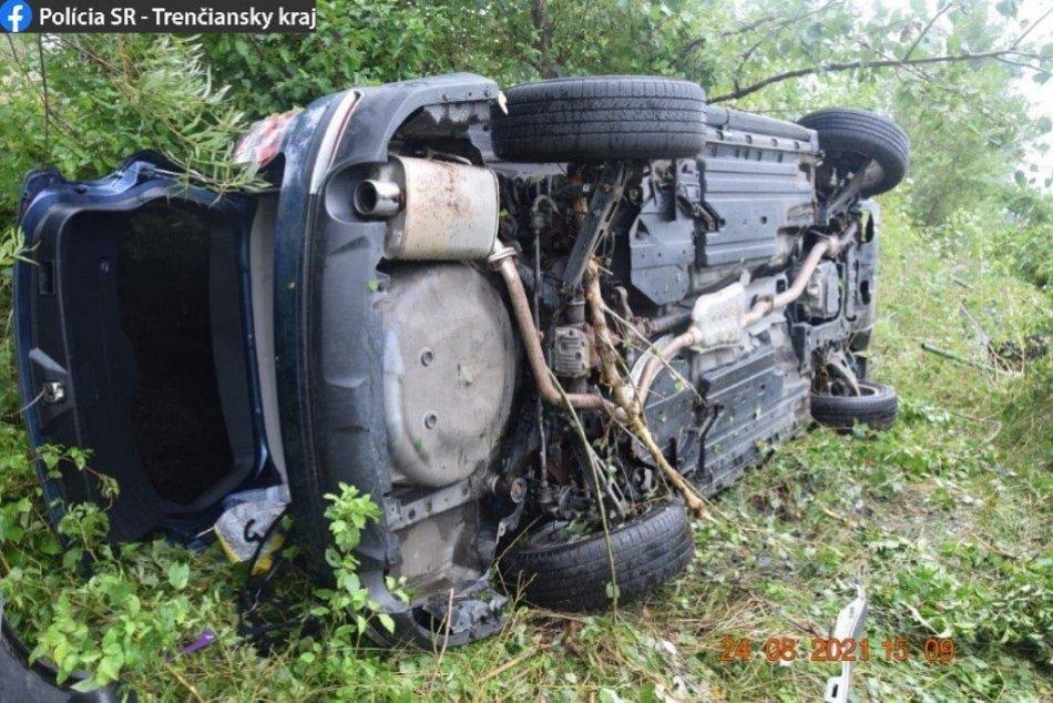 Ilustračný obrázok k článku Veľká tragédia pri Ilave: Po nehodách hlásia dvoch MŔTVYCH a ťažko zranených