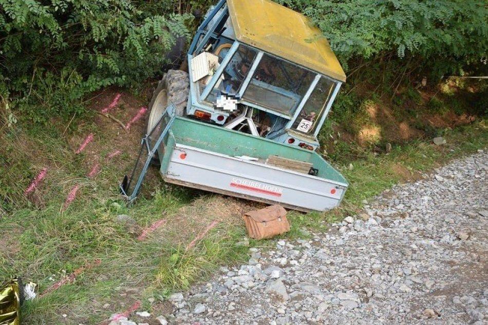 Ilustračný obrázok k článku Nehoda traktora v Hodruši: Vodič neprežil, spolujazdkyňa je vážne zranená, FOTO