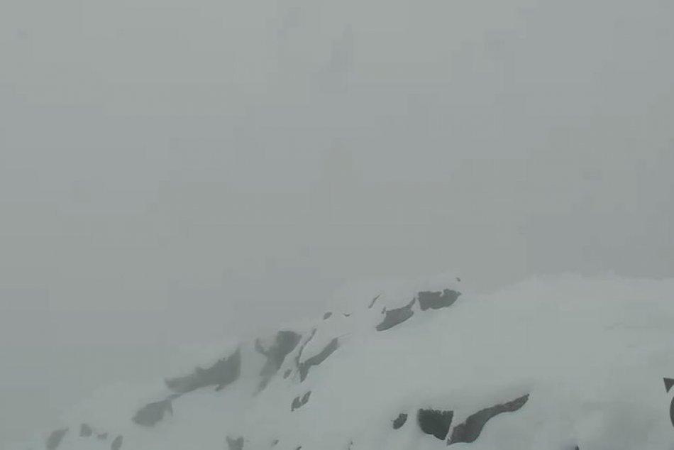 Ilustračný obrázok k článku Vysoké Tatry v bielej kráse: Naše veľhory pokryl sneh, FOTO