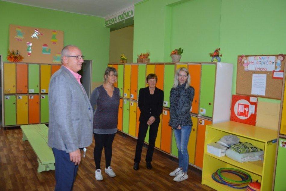 Ilustračný obrázok k článku Materská škola s novinkami: Školský rok začali vo vynovených priestoroch, FOTO