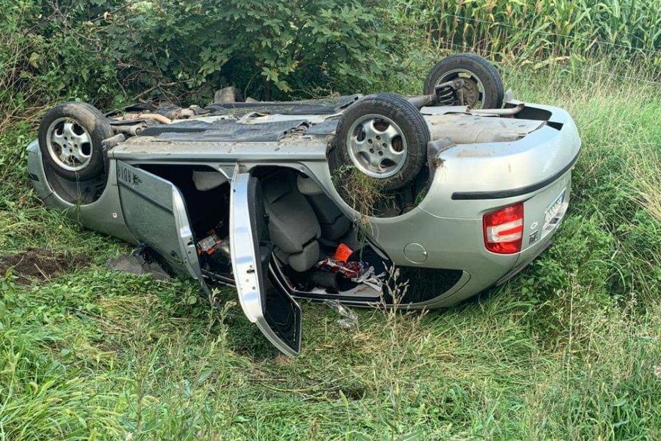 Ilustračný obrázok k článku Vážna nehoda na severnom Slovensku: Tri autá zleteli z cesty, zranilo sa osem ľudí