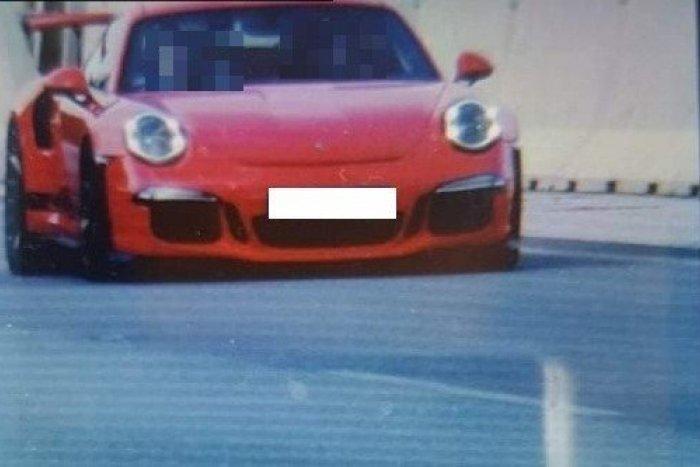 Ilustračný obrázok k článku Šialená jazda medzi Košicami a Prešovom: Porsche sa rútilo rýchlosťou 291 kilometrov za hodinu!