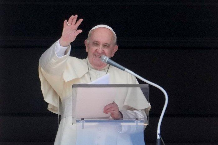 Ilustračný obrázok k článku Chystáte sa stretnutie s pápežom? V Trnavskom kraji budú jazdiť mimoriadne spoje