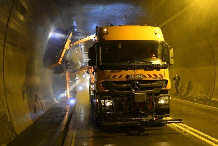 Ilustračný obrázok k článku Je tu jesenná údržba tunelov a úplne ich uzavrú. Kedy ktorými neprejdete?