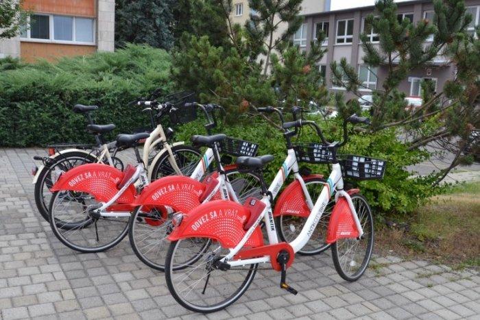 Ilustračný obrázok k článku Letná bilancia zdieľaných bicyklov: Humenčania najazdili vyše 3 000 kilometrov