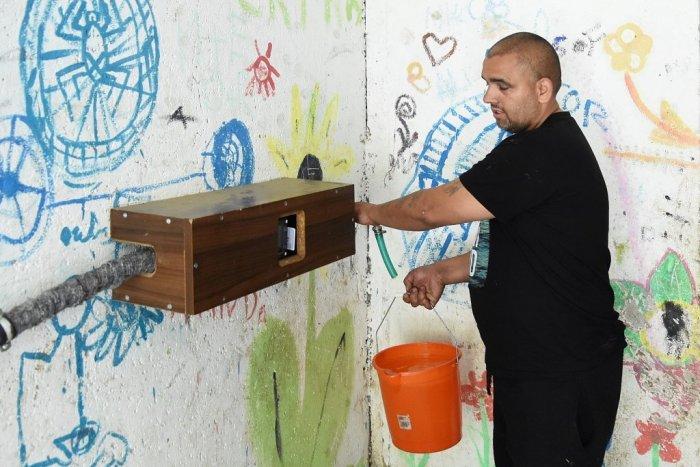 Ilustračný obrázok k článku Michalovce by chceli pre Rómov vybudovať automaty na vodu. Kde by mali pribudnúť?