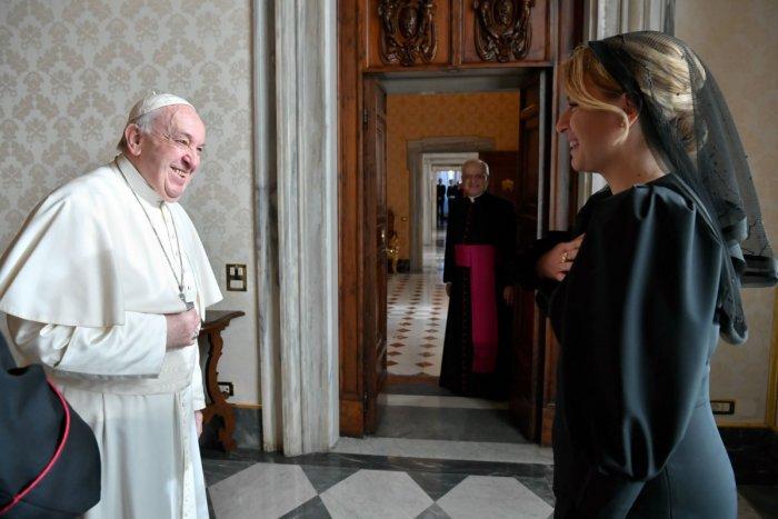 Ilustračný obrázok k článku Na akú TÉMU sa bude baviť Čaputová s pápežom? Na debatu budú mať pätnásť MINÚT