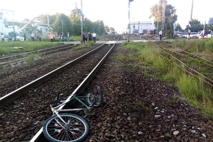 Ilustračný obrázok k článku Vážna nehoda na priecestí. Vlak zachytili 12-ročného chlapca na bicykli