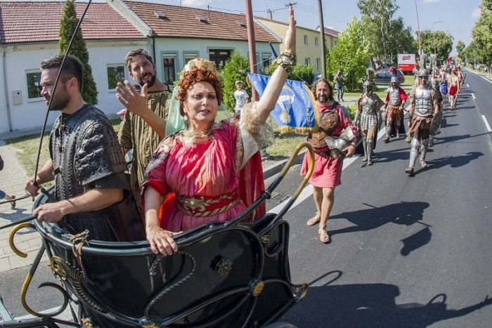 Ilustračný obrázok k článku Kam v Bratislave ZADARMO: Kráľovsky sa zabavíte na Rímskych hrách, hodoch aj Dňoch Petržalky