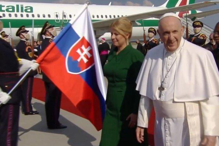 Ilustračný obrázok k článku Pápež PRISTÁL v Bratislave! Pozrite, aký nabitý PROGRAM ho u nás čaká. Nudiť sa nebude! FOTO