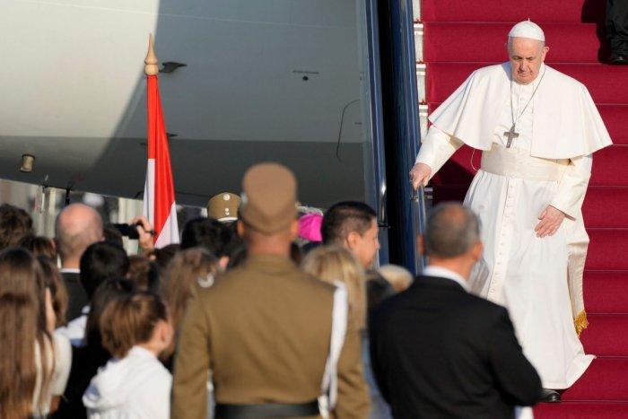 Ilustračný obrázok k článku Svätý Otec je už v Maďarsku: POBUDNE tam len pár hodín a príde na Slovensko!