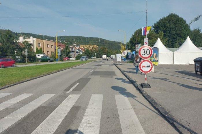 Ilustračný obrázok k článku Dobrá správa pre vodičov: Po Čermeľskej ceste dnes prejdete bez problémov
