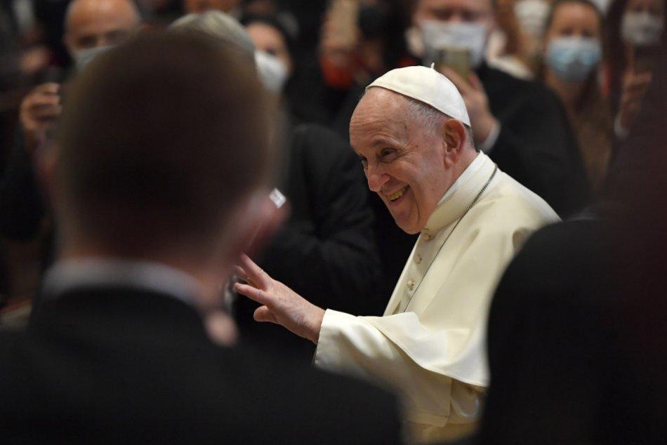 Ilustračný obrázok k článku Pápež uchvátil politikov: Čo ich presvedčilo? Nenechali si to len pre seba!
