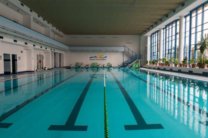 Ilustračný obrázok k článku Mestská plaváreň je opäť otvorená: Kedy sa môžete prísť osviežiť?