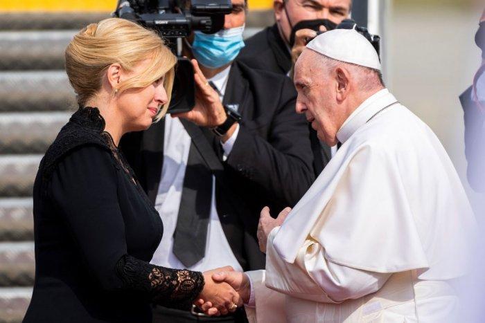 Ilustračný obrázok k článku OBROVSKÝ žiaľ prezidentky: Počas návštevy pápeža jej zomrel otec, FOTO