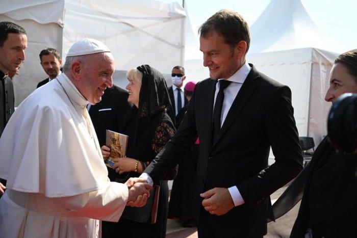 Ilustračný obrázok k článku Matovič znovu PERLIL! Ako pápeža privítal, tak sa s ním aj ROZLÚČIL