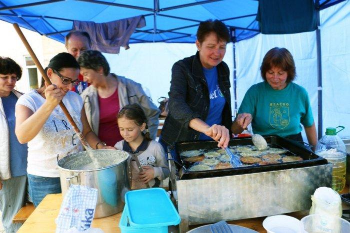 Ilustračný obrázok k článku To najlepšie z Hornonitria: Vychutnajte si FESTIVAL folklóru, remesiel i jedla