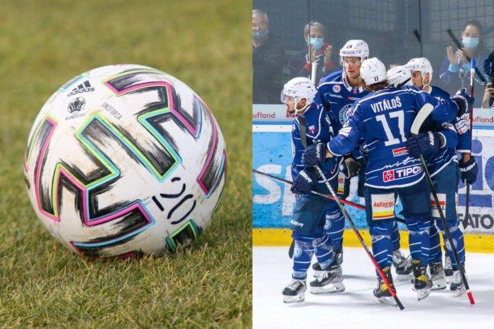 Ilustračný obrázok k článku HK Nitra láka: Pred štartom sezóny môžete hokejistov povzbudiť na FUTBALOVOM zápase