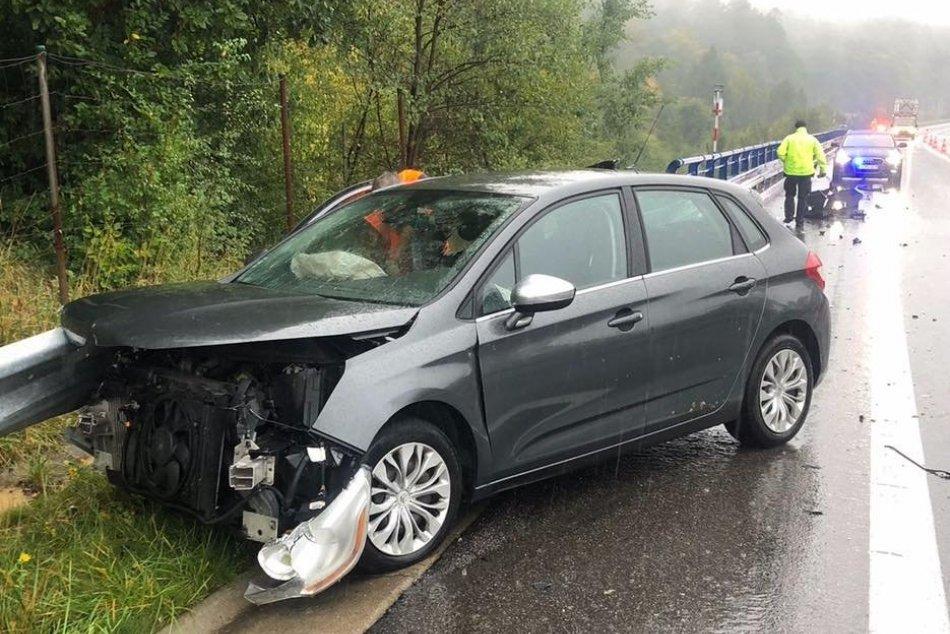 Ilustračný obrázok k článku Krušné chvíle na ceste medzi Žiarom a Zvolenom: Došlo k niekoľkým kolíziám, FOTO