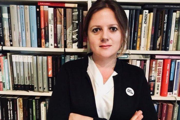 Ilustračný obrázok k článku Novinárka Monika Tódová a jej kolega ČELIA obvineniu: Hrozí im rok za mrežami!