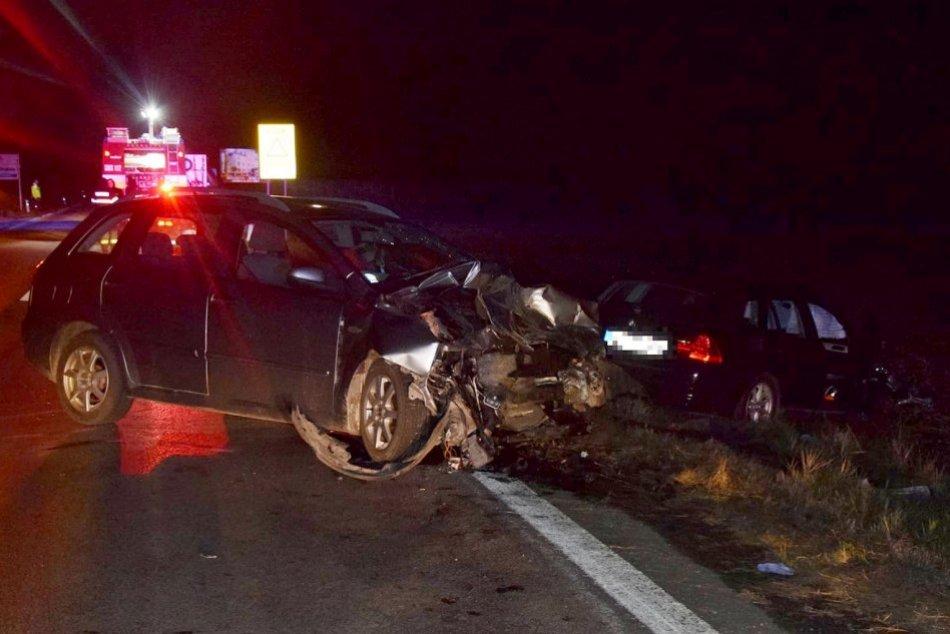 Ilustračný obrázok k článku Vodič strhol auto do protismeru: Pri zrážke sa zranili štyria ľudia, FOTO