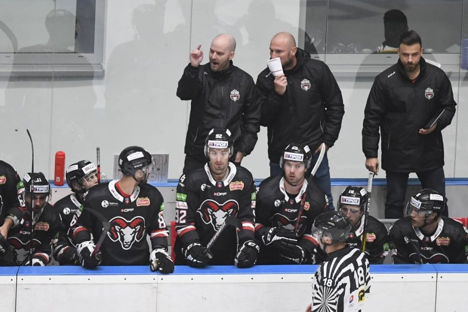 Ilustračný obrázok k článku Výhru v Poprade ocenil aj asistent trénera Bystrice: Chlapcom patrí veľká vďaka za disciplínu