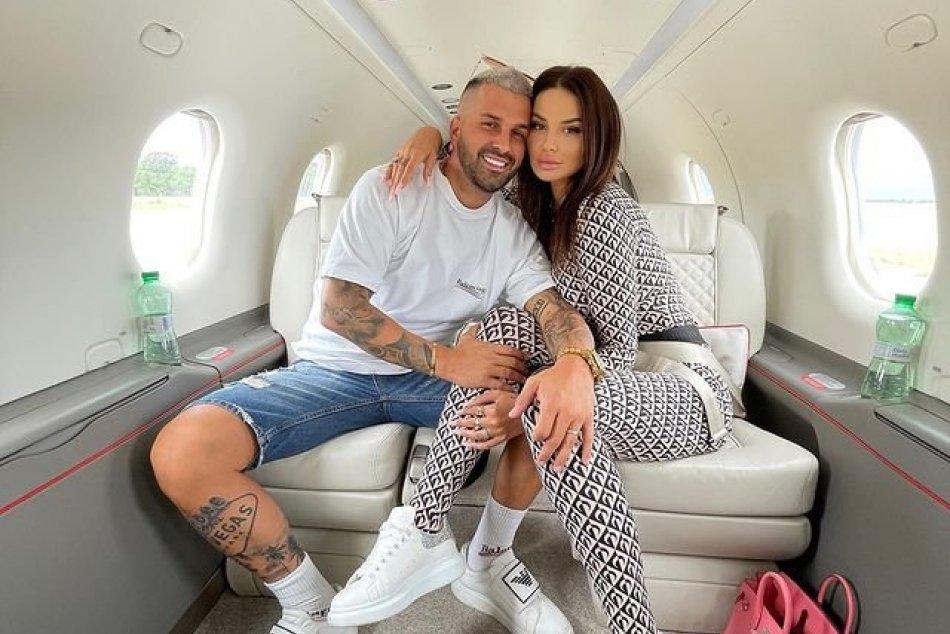Ilustračný obrázok k článku Plačkovú a jej manžela zadržala NAKA: Kráľovná Instagramu vraj obchodovala s DROGAMI