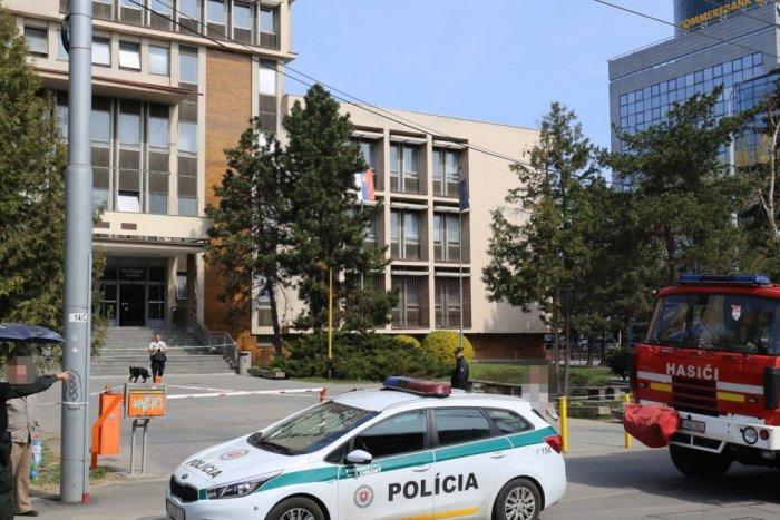Ilustračný obrázok k článku Bombových hrozieb v Košiciach pribúda. Budovu súdu museli evakuovať
