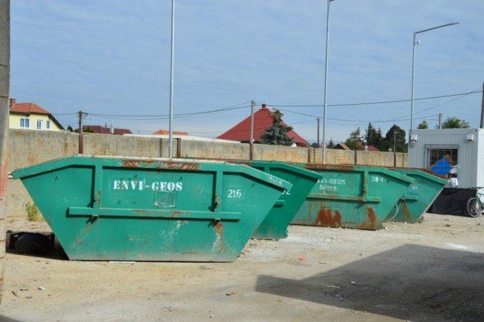 Ilustračný obrázok k článku Jesenné upratovanie začína I. etapou: Na TÝCHTO miestach umiestnia kontajnery