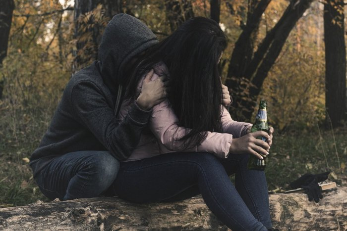 Ilustračný obrázok k článku Akcia v centre Bratislavy: Na policajných staniciach skončilo 17 opitých tínedžerov