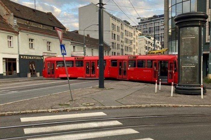 Ilustračný obrázok k článku V Bratislave sa vykoľajila električka: Na čas odstavila dopravu