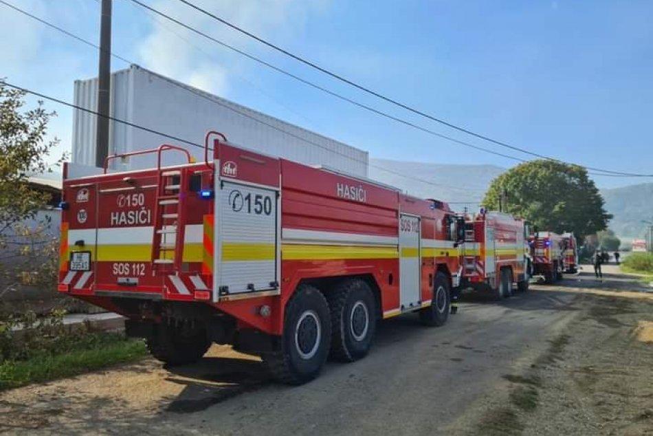 Ilustračný obrázok k článku Požiar výrobnej haly neďaleko Humenného. Zasahujú dobrovoľní aj profesionálni hasiči, FOTO