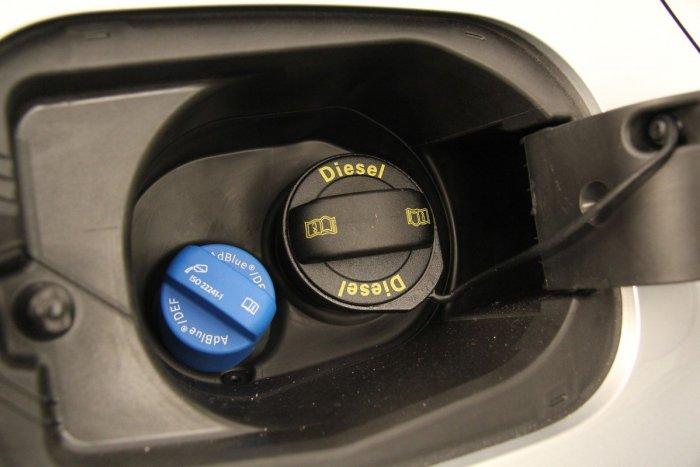 Ilustračný obrázok k článku Milióny naftových áut sú v OHROZENÍ: V Európe začína dochádzať dôležitá prísada!