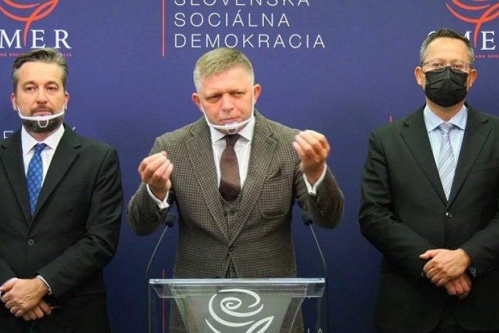 Ilustračný obrázok k článku Smer-SD chce ODVOLAŤ Sulíka: Arogantný minister bez zreničiek sa len vysmieva ľuďom!